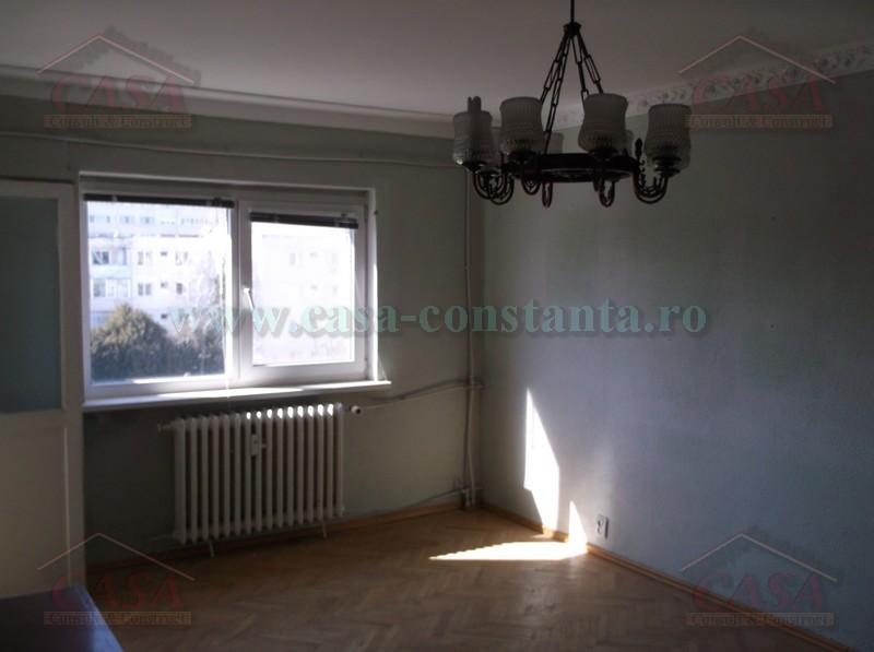 Vanzare Apartament 3 camere Constanta Km 4 Far numar camere 3  pret 55000  EUR