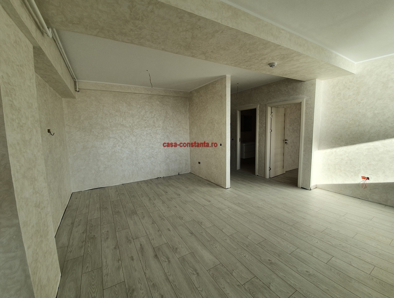 Vanzare Apartament 2 camere Constanta Mamaia numar camere 2  pret 90000  EUR